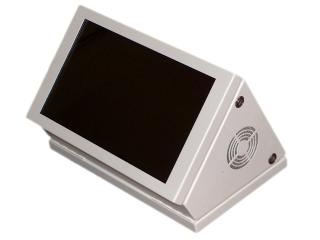 Obr. č.1: Vnitřní oboustranný vozidlový LCD panel VCS 185B-W.
