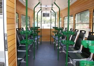 Obr. č.4: Interiér pivní tramvaje (převzato s Busportálu.cz ©Jan Havíř).