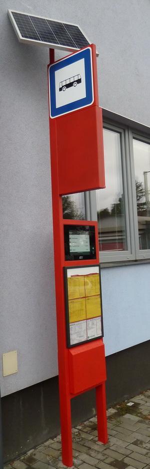 Obr. č. 2:  Typická nízkopříkonová aplikace s e-papírem využívající energie ze solárních panelů